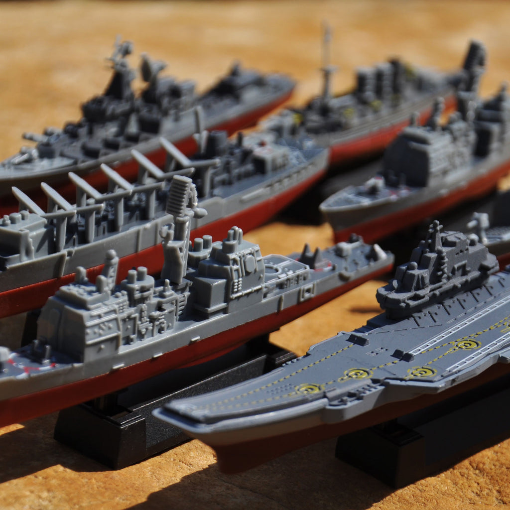 Model Assembly Kit - 8 Models Set Of War Ships & Submarine