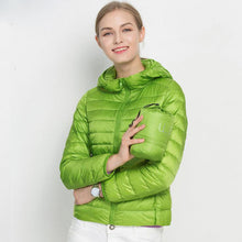 Winter Women Ultra Light Down Jacket 90% Duck Down Hooded Jackets Long Sleeve Warm Slim Coat Parka Female Solid Portabl Outwear