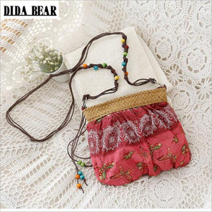 DIDA BEAR 2017 New Boho Bohemia Exotic Floral Straw Weave Strap Cloth Handbag Beach Messenger Bag Small Crossbody Bags Red Blue - 64 Corp