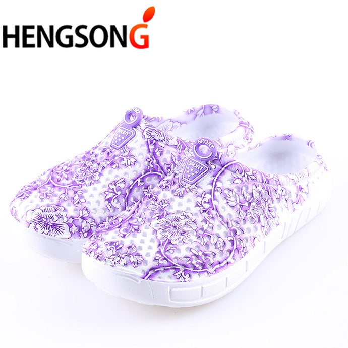 HENGSONG 2018 Summer Women Beach Slippers Blue and White Print Breathable Mesh Shoes For Flip Flop Massage Slippers Plus Size 41 - 64 Corp