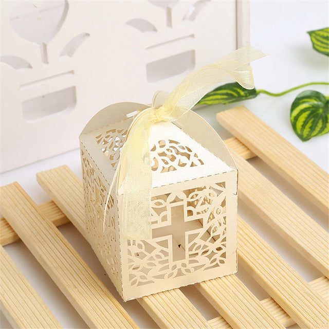 10pcs Cross Laser Cut Gift Candy Boxes Sweets Wedding Party Favor Hollow Carriage Baby Shower Favors With Ribbon Free Shipping - 64 Corp