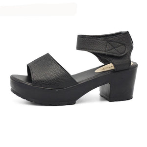 Woman Wedges Platform Sandals - 64 Corp