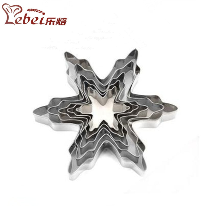LeBei 5pcs/set Christmas Snowflake Decoration Biscuit Stainless Steel Moulds Creative DIY Cake Bakeware Molds Baking Accessories