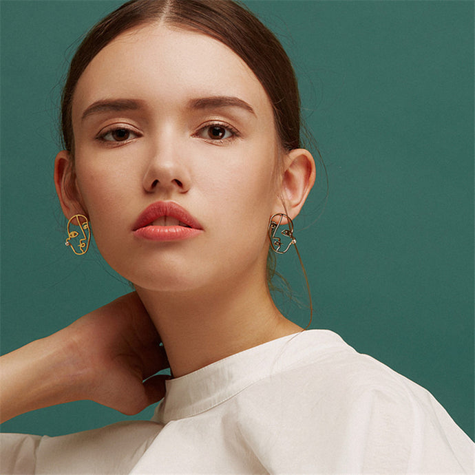 2018 New Trend Fashion Brief Artsy Face Stud Earrings For Women Abstract Outline Charming Earrings Bijoux - 64 Corp