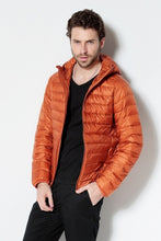 2018 New Men White Duck Down Jacket Portable Hooded Down Coat Ultralight Men Winter Coat Warm Thermal Down Parkas Plus Size
