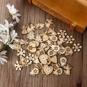 50Pcs/Pack Hot Popular Christmas Carve Natural Wood Chip Ornaments Pendant Decorations with Hole Embellishments DIY Crafts