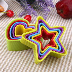 5Pcs/Set Christmas 3D Fondant Cookie Mold Plastic Baking Tool Multicolor