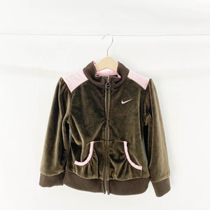 Nike - Sweatshirt (4Y) - Beeja May