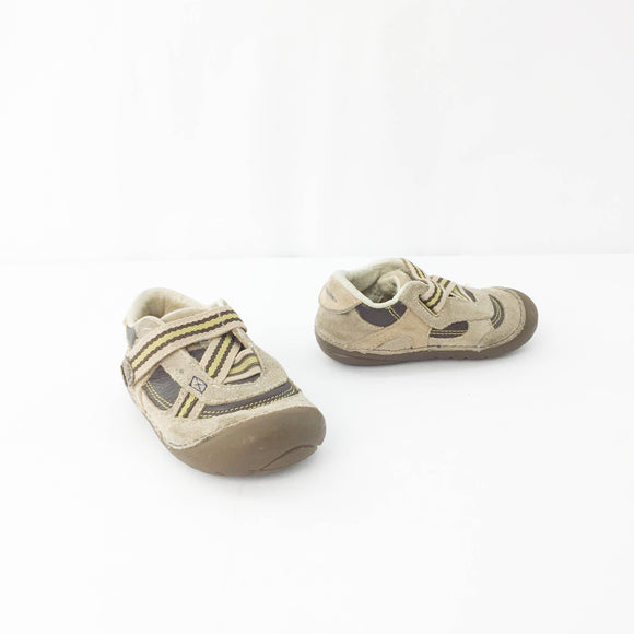 Stride Rite - Shoes - 6 (Toddler) - Beeja May