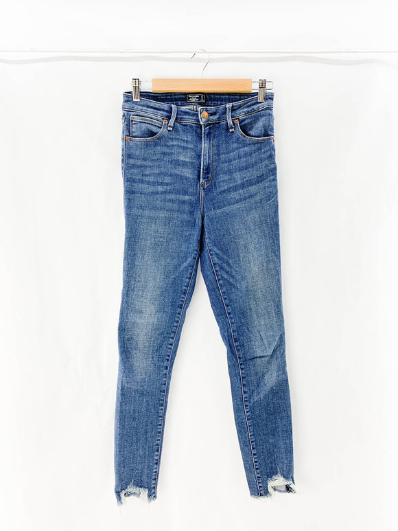 Abercrombie & Fitch - Jeans (27) - Beeja May