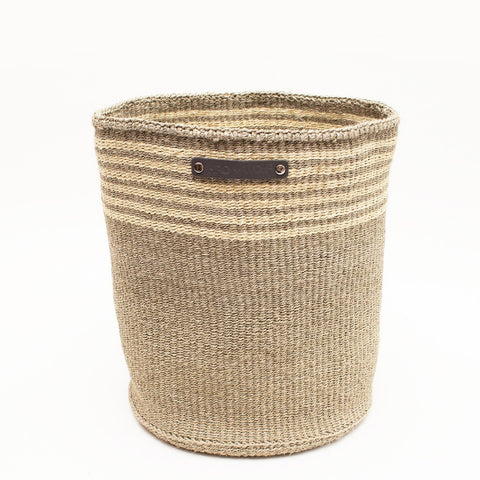 Hand Woven Basket – Large Light