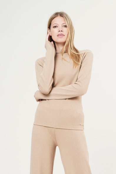 Soft structured long-sleeve top - Sand