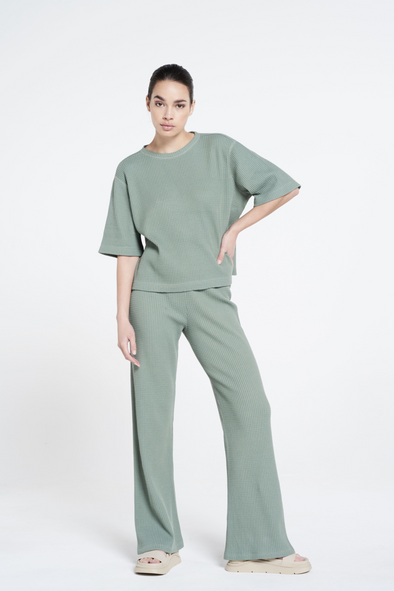 Relaxed fit structured flared pants - Silvered Olive