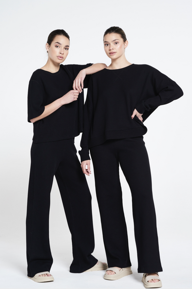 Relaxed fit structured flared pants - Black
