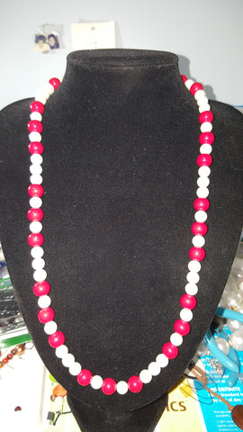 White and red Pearl Necklace