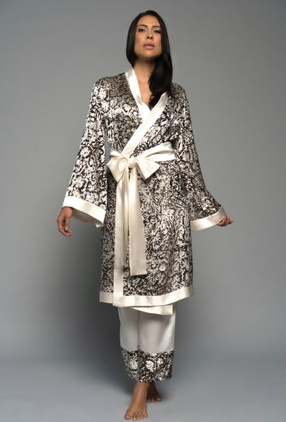 Ladies luxury sleepwear, silk kimono robe pyjamas, ivory lingerie front