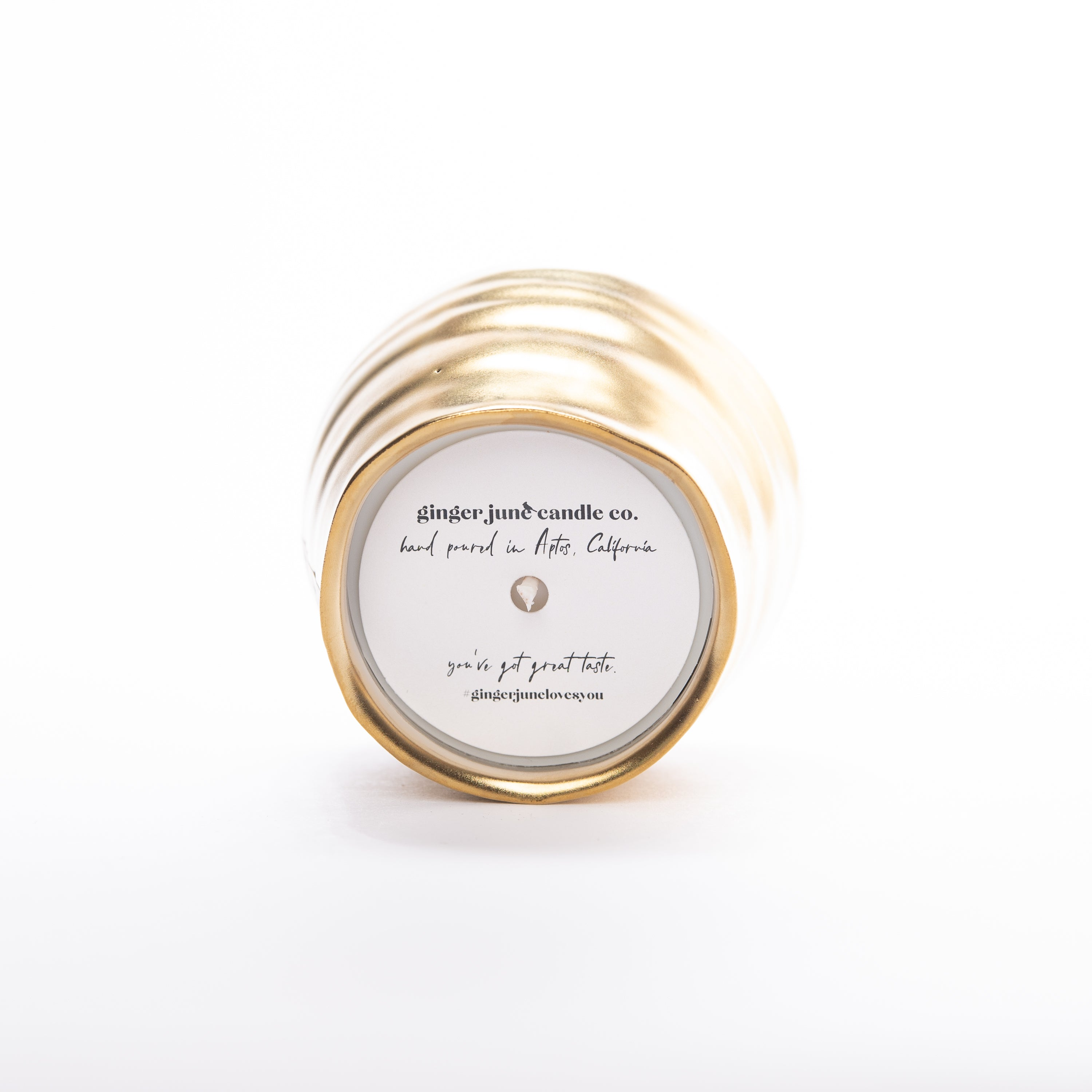 Ginger June Candle Co. - GOLD CERAMIC PINCH POT • 7 OZ SOY CANDLE