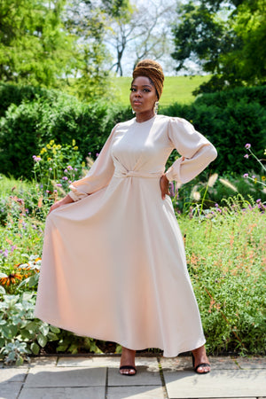 Open image in slideshow, Maysa Satin Dress in Ivory