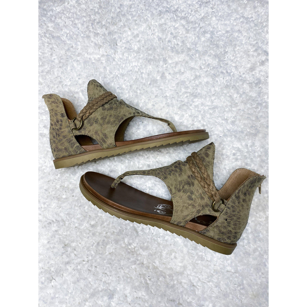 Very G Sariah Sandal-[option4]-Trendy-Womens-Clothing-Store-Shop-The Beauty Alley Boutique Inc