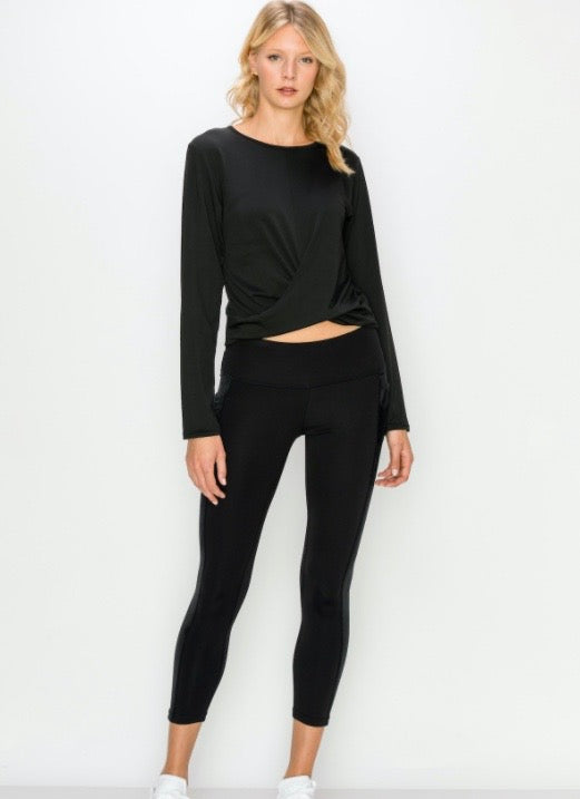 Long Sleeve Cropped Twist Top- Black