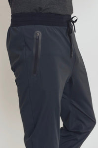 Zippered Pocket Training Pant - Axcess Athletics