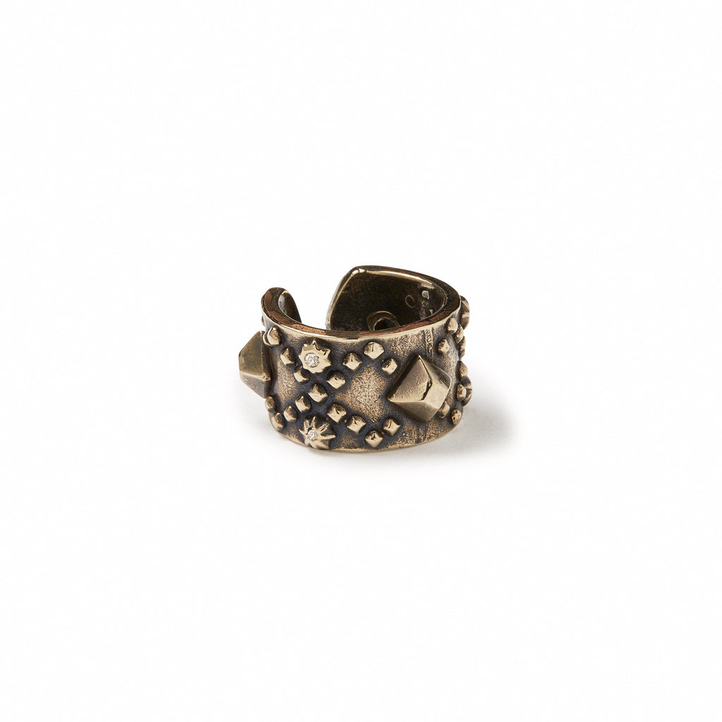 GILES & BROTHER HIGH<br><b>WIDE DIAMONDBACK STUD RING</b>