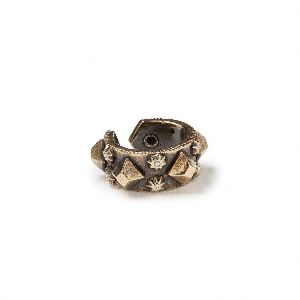 GILES & BROTHER HIGH <br><b>NARROW DIAMONDBACK STUD RING</b>