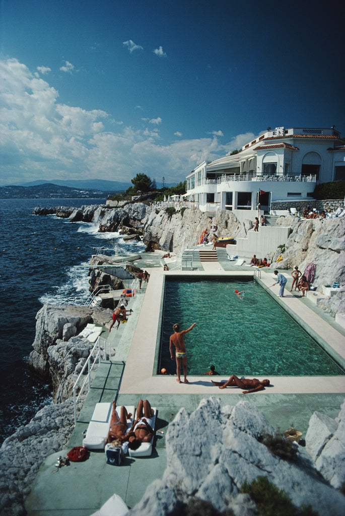 Slim Aarons Eden-Roc Pool - The Hackney Emporium