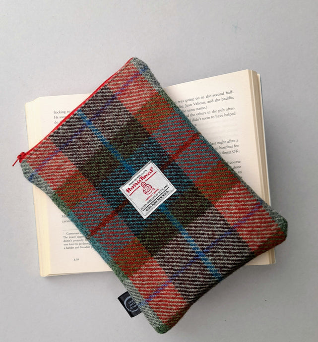 Harris Tweed Book Sleeve with zip closure