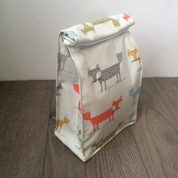 WHOLESALE Oilcloth lunch bag - Foxes