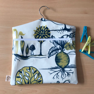 Peg bag with zip closure - veg garden