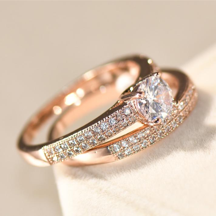 Micro-set ring or diamond engagement ring