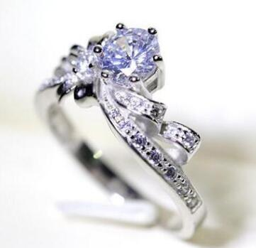 Japan and South Korea six-pronged diamond bow ring only beautiful models simulation diamond ring creative cute ring