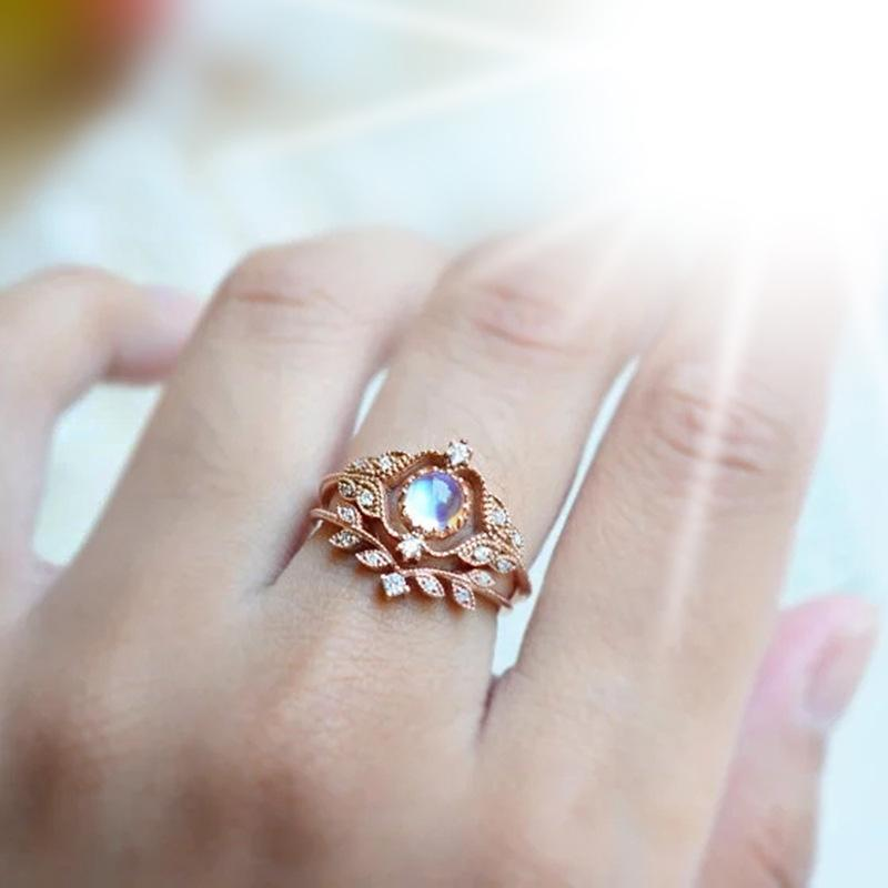 Europe and the United States new exquisite moonstone ring ring ring ladies accessories copper plated rose gold zircon party ring