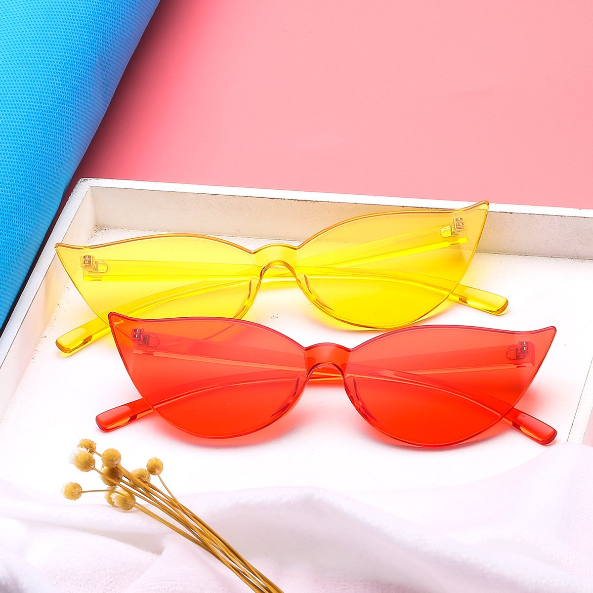 2018 export cross-border new cat-eye conjoined colorful sunglasses Europe and America avant-garde manufacturers selling candy-colored sunglasses