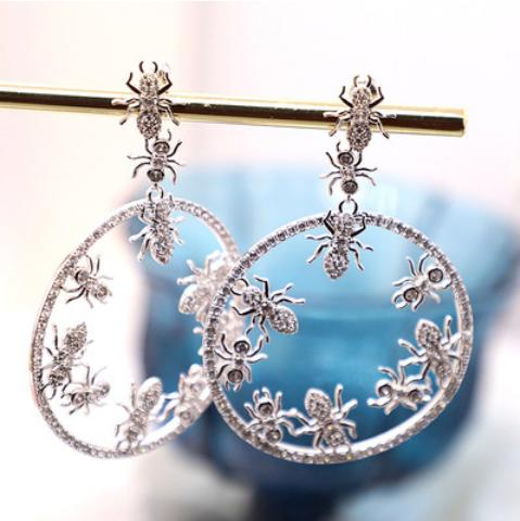 Colour Crystal Drill Ear Nail Female Silver Needle Temperament Individuality Creative Ant Bee Ear Ring Necklace Female