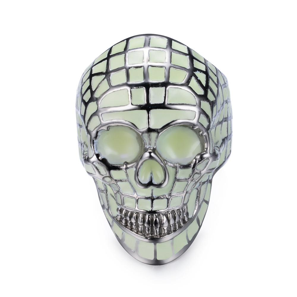 Luminous skull ring