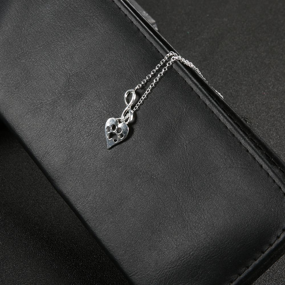 New European and American cross-border exclusive accessories fashion personality eight characters peach heart dog footprints pendant necklace