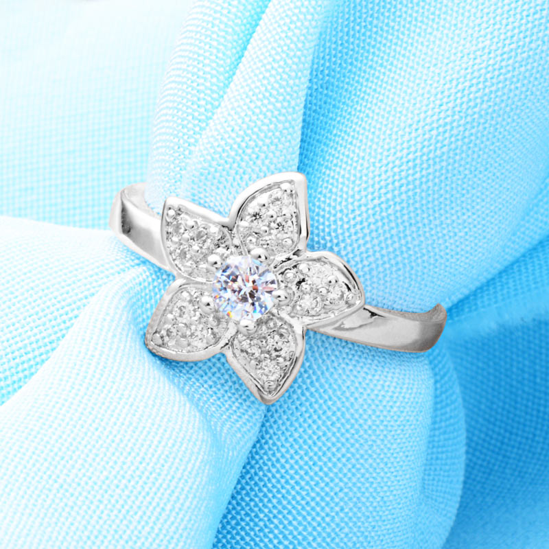 Crystal Snow Flower Ring