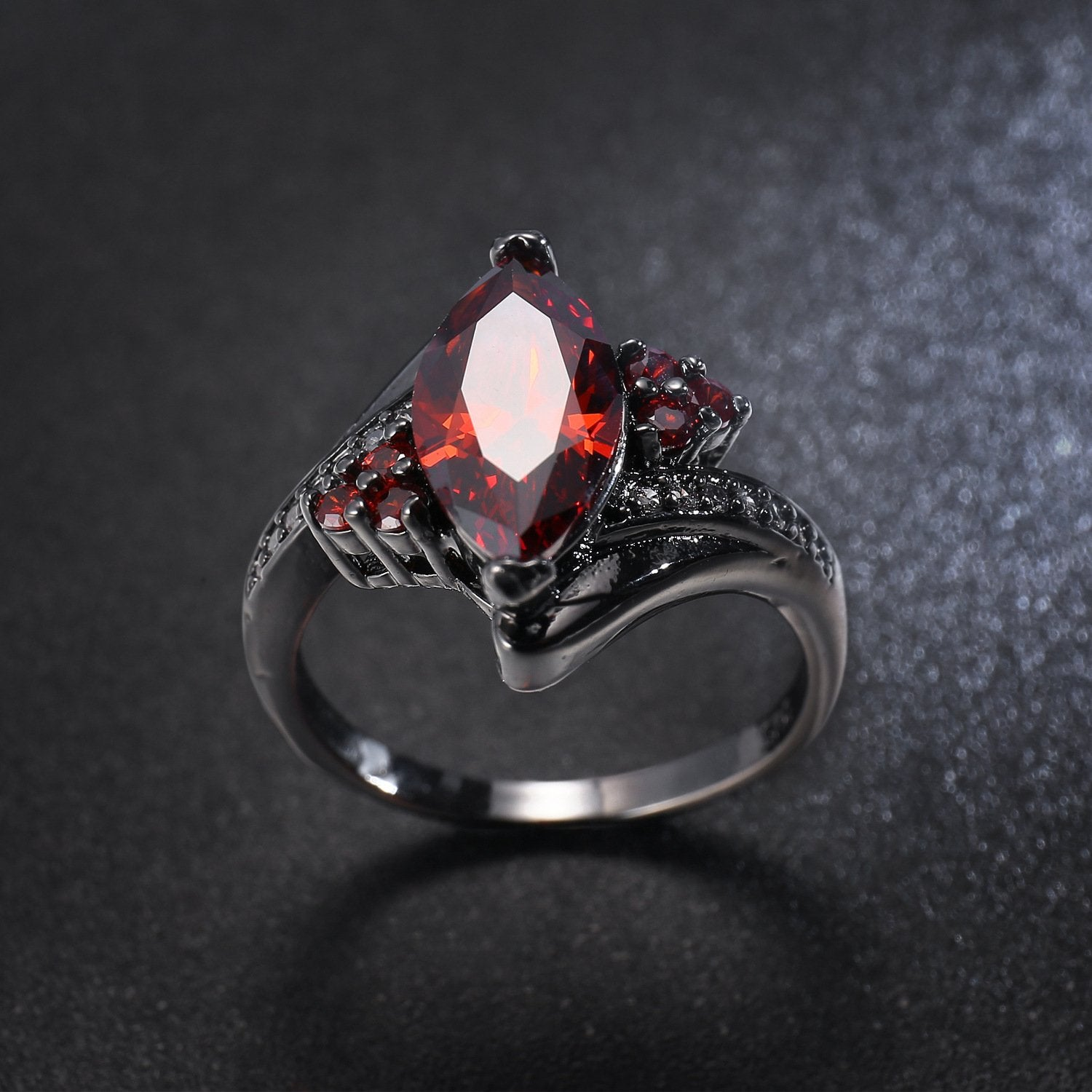 2018 new AliExpress explosion European and American gem horse eye zircon ring