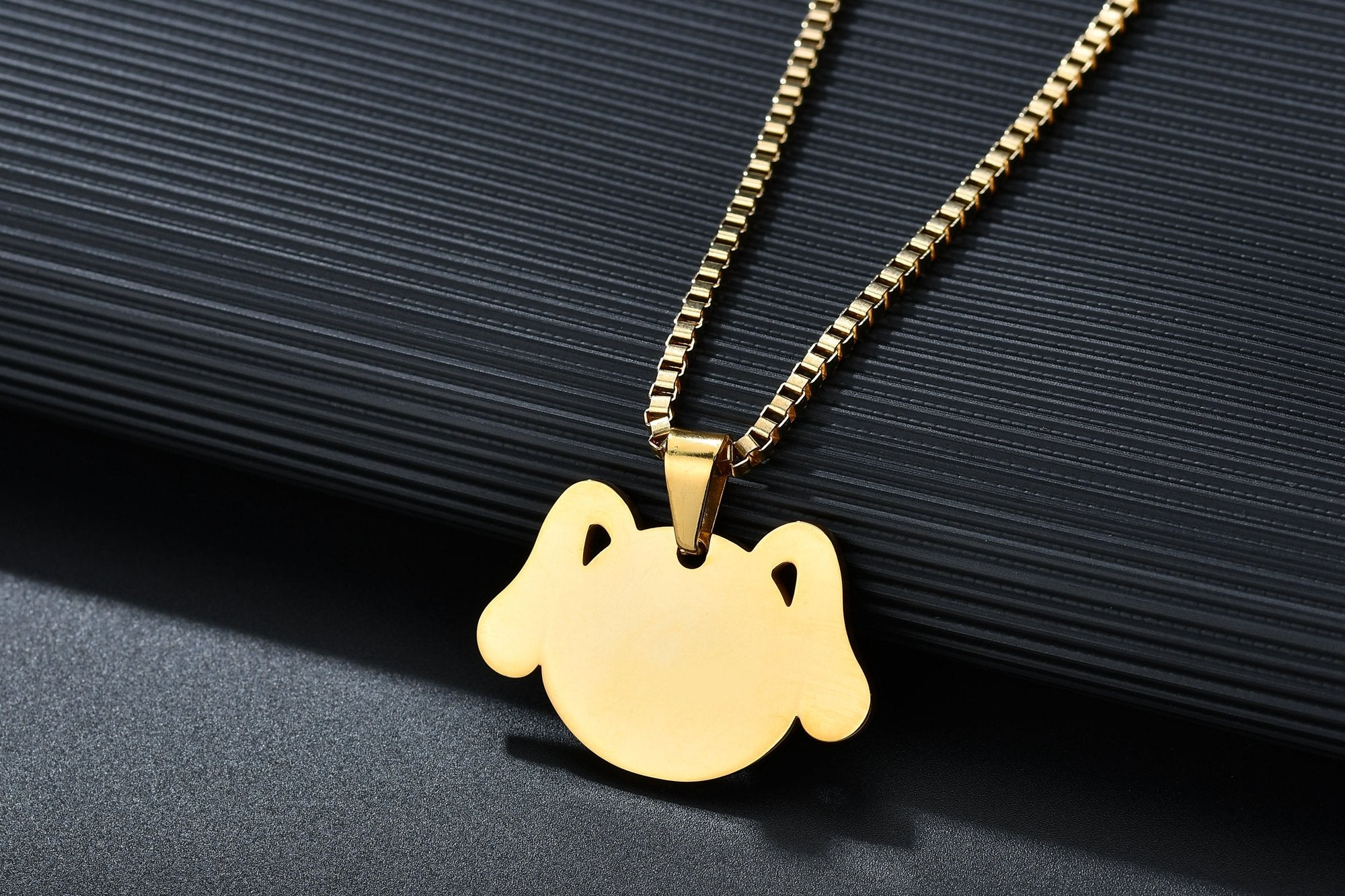 Stainless steel Korean version of the cute military pendant