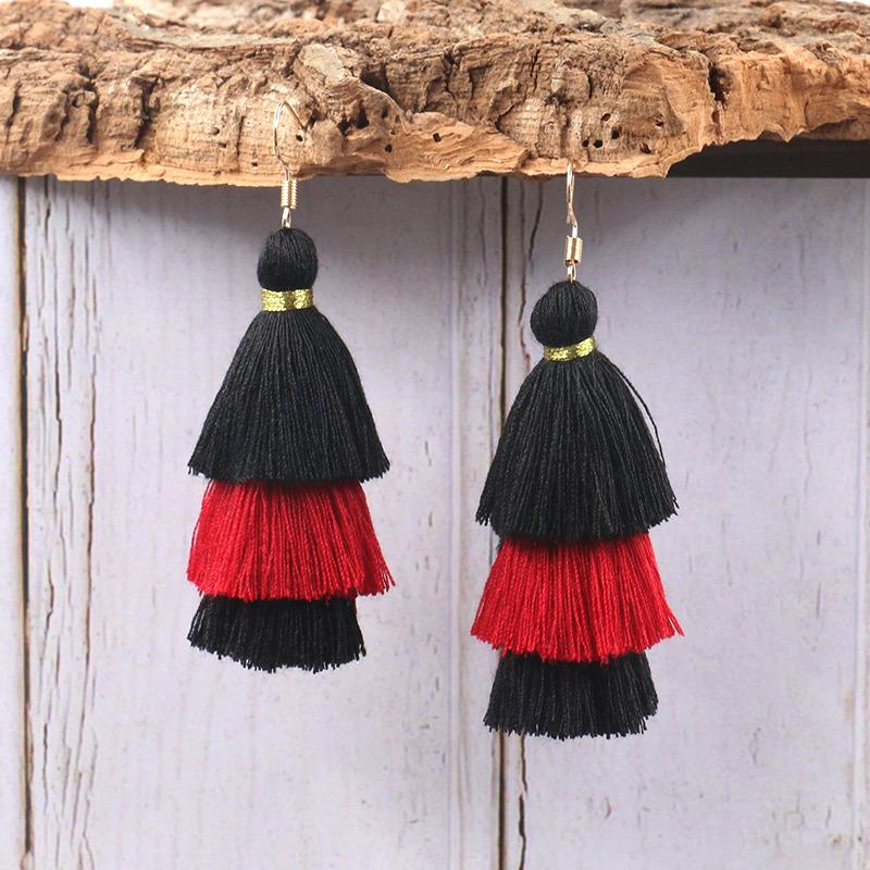 Wool stitching tassel earrings
