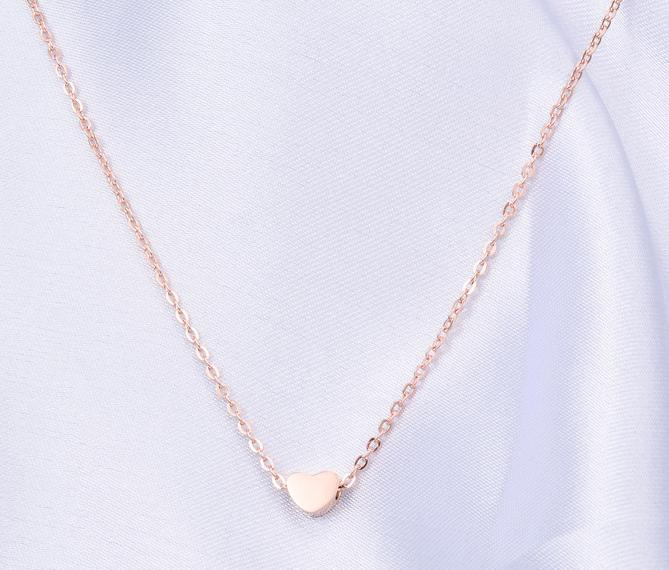 Electroplating 18K rose gold Valentine girlfriend love heart-shaped Rose Gold Pendant Necklace titanium collar