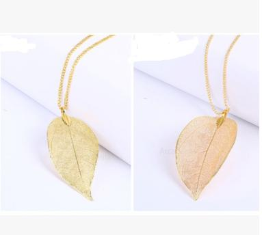 2018 new European Gold Leaf Pendant Long sweater chain pendant natural female promotional gifts wholesale manufacturers