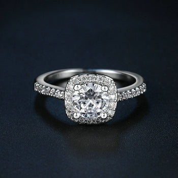 Exquisite Square Ring With Cubic Zirconia