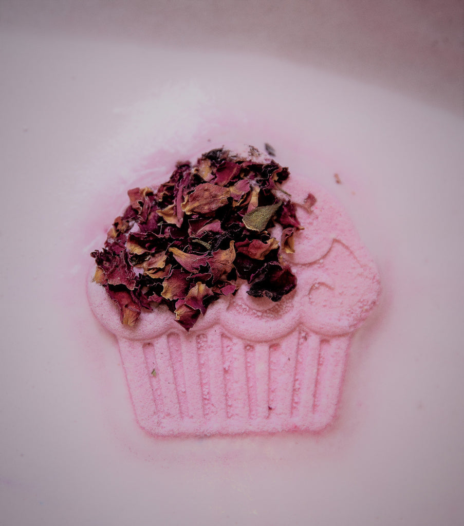 bulgarian-rose-cupcake-bath-bomb-all-things-bath