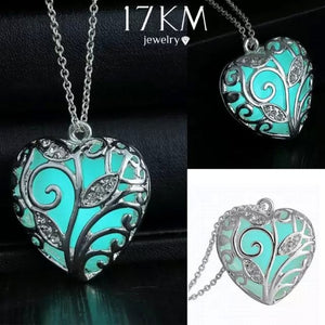 Unisex Silver Love Cute Heart Stone Glow Necklace Pendant Luminous Pattern Plant Plated Women Men Unique Personality Jewelry Acc