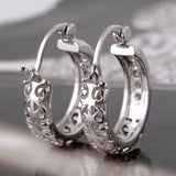 NEW ARRIVAL! silver white sapphie dashing woman Huggie earring