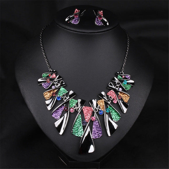Fashion Charm Pendant Chain Crystal Jewelry Choker Chunky Statement Bib Necklace
