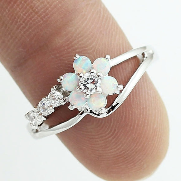 Exquisite Round Cut White Fire Opal Stone Silver Flower Women Opal Rings Diamond Jewelry Birthday Proposal Gift Bri